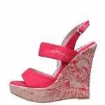 Ed Hardy Private Womens Wedge Shoe - Red