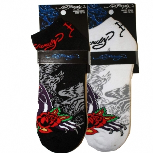 Ed Hardy Roaring Panther Fancy Sport Socks - This super stylish Ed Hardy�Roaring Panther�Sock�will make you never want to wear anything else again. Its from the�Fancy sport collection and features the vibrant�Roaring Panther�graphics. Features Don Ed Hardy signature.